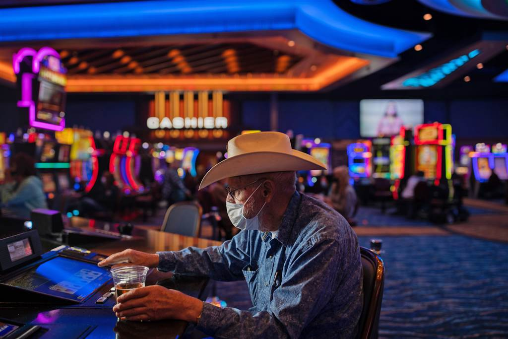 Approaches You'll Have The Ability To Change Online Casino With Out Attempting Like A Beginner